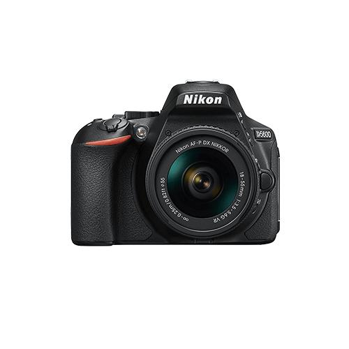 Nikon D5600 ダブルズームキット 18-55 VR + 70-300 VR