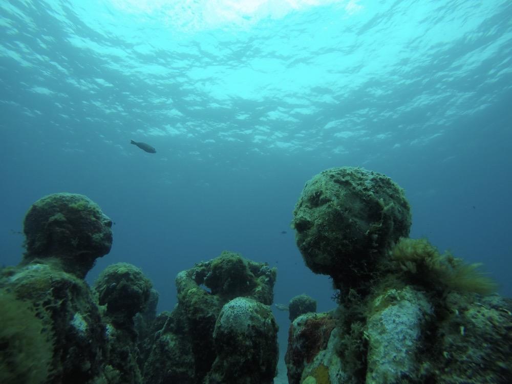 GoPro HERO7 で神秘的な海底美術館を撮影!