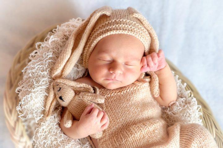 一眼レフカメラを使った赤ちゃんの可愛い写真の撮り方・構図まとめ