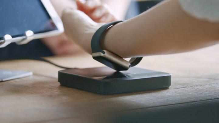 iPhone スマートウォッチ 電子マネー対応